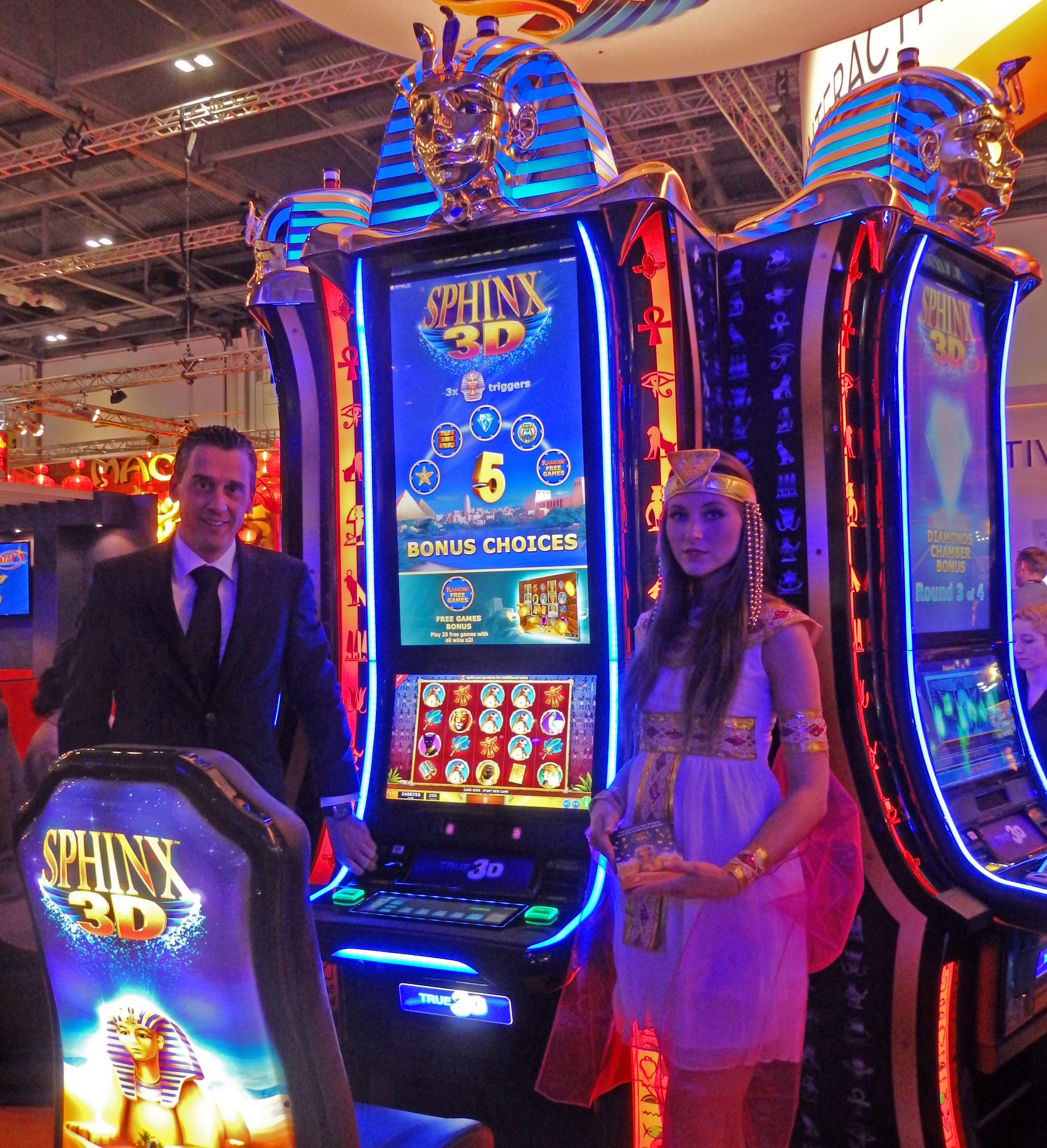 Solaire manila casino dealer